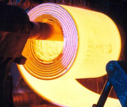 تفاوت بین ورق های فولادی نورد گرم و نورد سرد